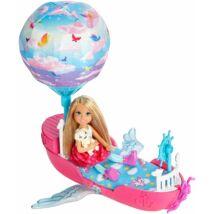 Barbie Dreamtopia Chealsea léghajóval