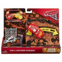 Verdák 3 Crazy 8 versenyautók (2-es csomag) - APB & Lightning McQueen