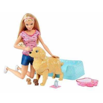 Barbie újszülött kutyusok babával