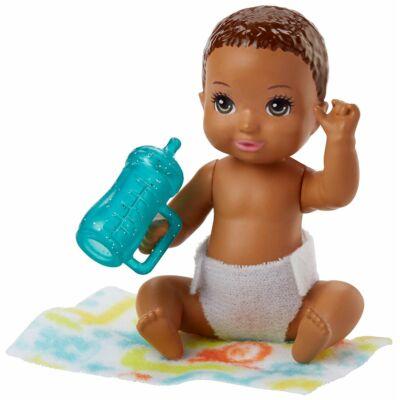 Barbie kisbaba (E)