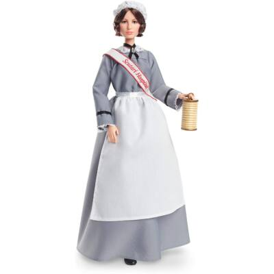 Barbie példaképbabák - Florence Nightingale